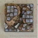 Peana 40mm modelo 2 cuadrada 'Embaldosado en Ruinas'